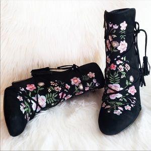 Sam Edelman Winnie Ankle Boots Embroidered Suede 8